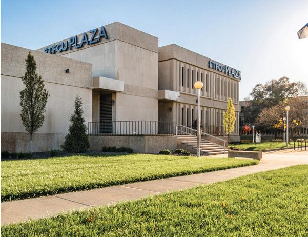 Evansville Teachers Federal Credit Union Plaza - Scott Hyatt | Summit Real Estate